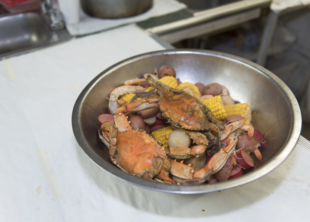 Find the Boiling Pot and their fresh Cajun Seafood